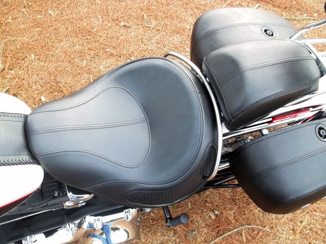 Football Gas Tank : Harley davidson softail deluxe