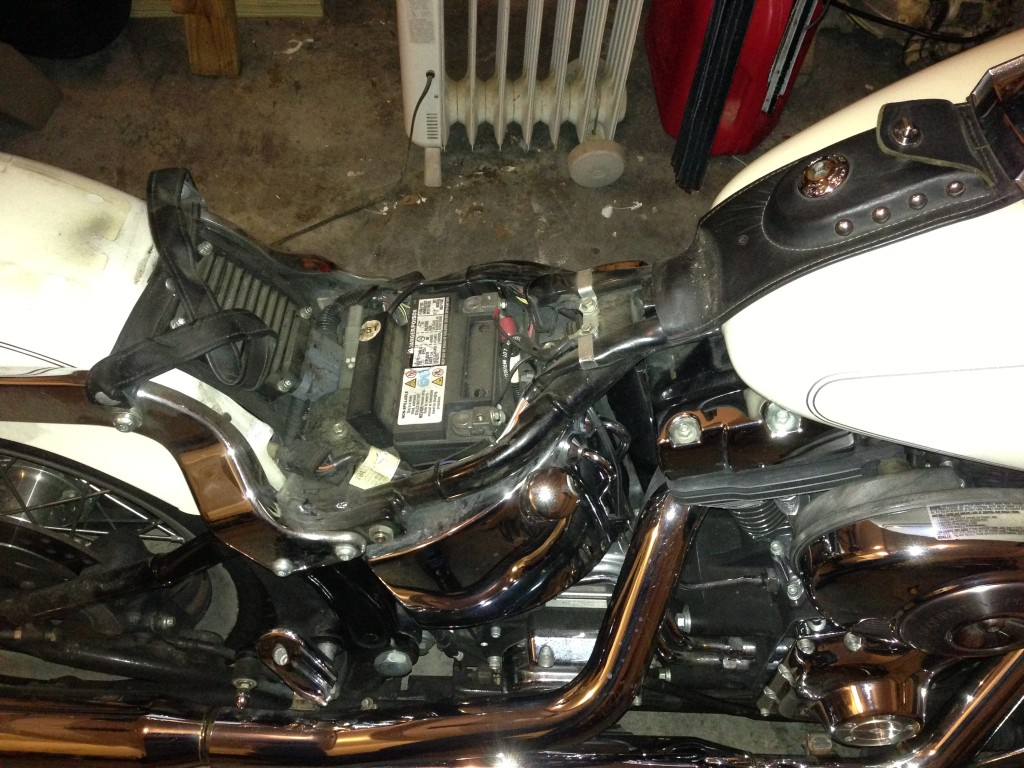 Gas Tank Removal 2004 Heritage Softail Classic
